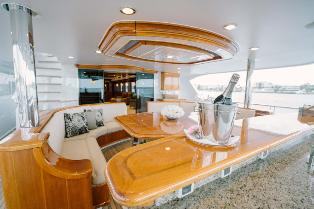 Thumbnail 4 for 2010 Richmond Yachts Tri-Deck Motor Yacht