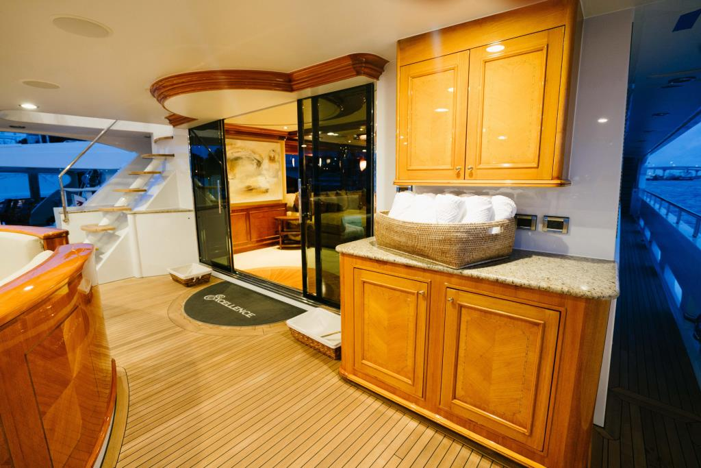 Photo 6 for 2010 Richmond Yachts Tri-Deck Motor Yacht