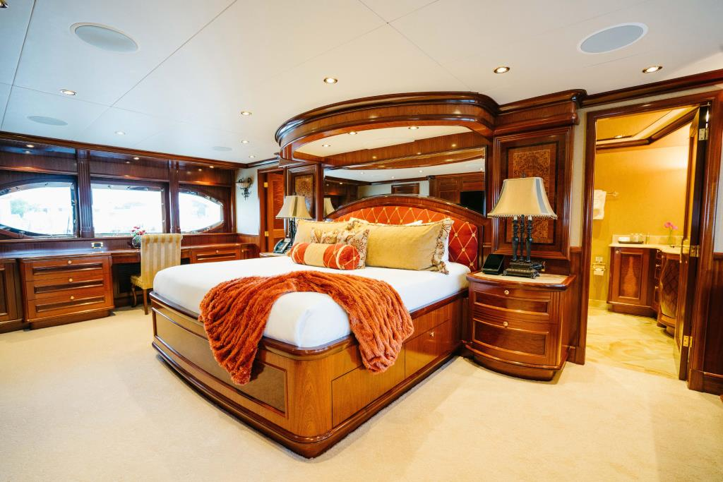 Photo 20 for 2010 Richmond Yachts Tri-Deck Motor Yacht