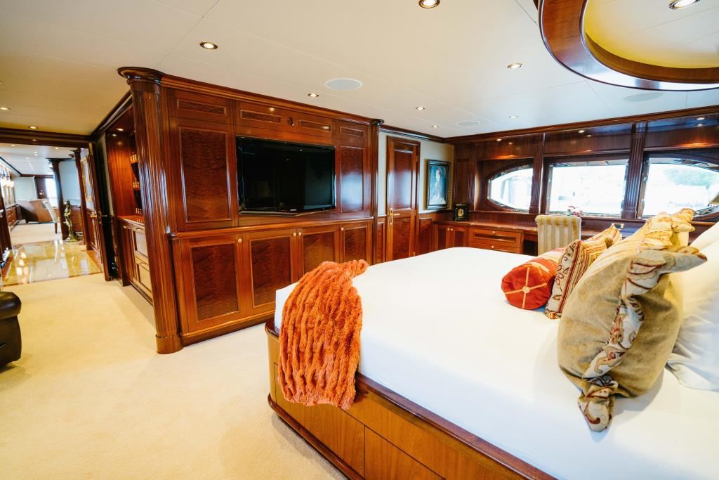 Photo 22 for 2010 Richmond Yachts Tri-Deck Motor Yacht
