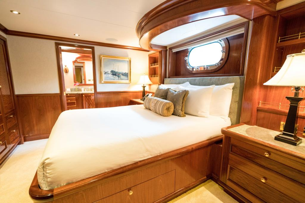 Photo 30 for 2010 Richmond Yachts Tri-Deck Motor Yacht