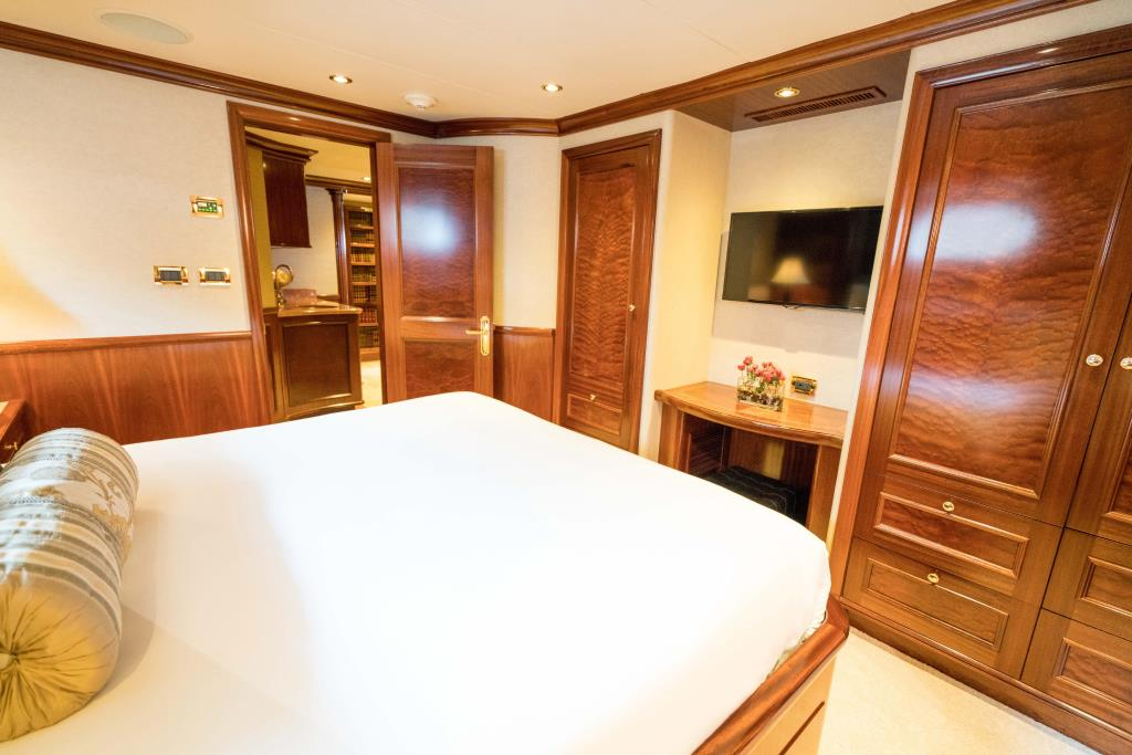 Photo 31 for 2010 Richmond Yachts Tri-Deck Motor Yacht