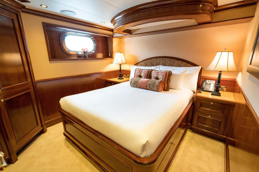 Photo 33 for 2010 Richmond Yachts Tri-Deck Motor Yacht