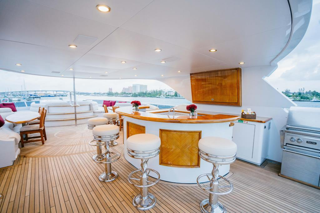Photo 51 for 2010 Richmond Yachts Tri-Deck Motor Yacht