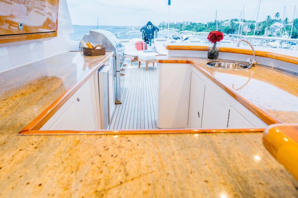 Photo 53 for 2010 Richmond Yachts Tri-Deck Motor Yacht