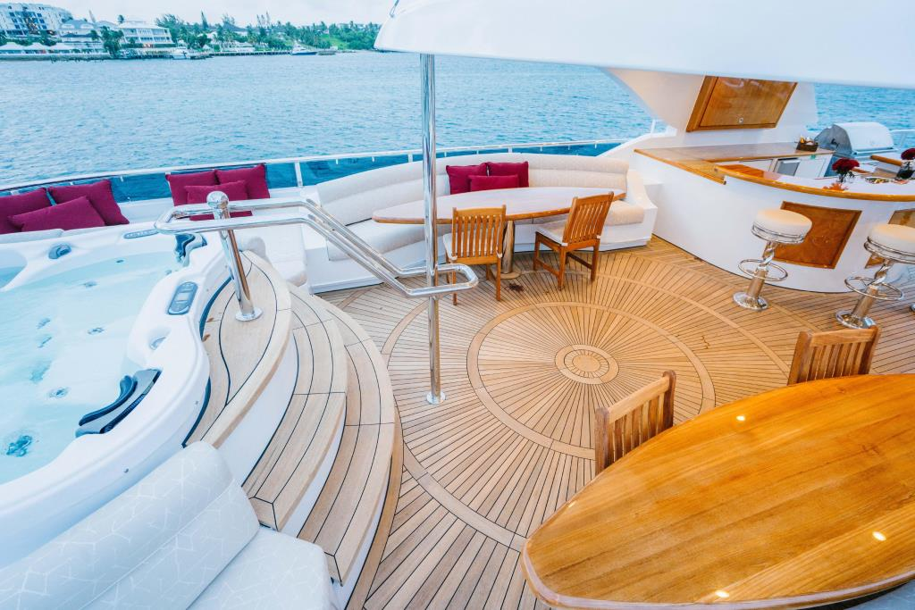 Photo 55 for 2010 Richmond Yachts Tri-Deck Motor Yacht