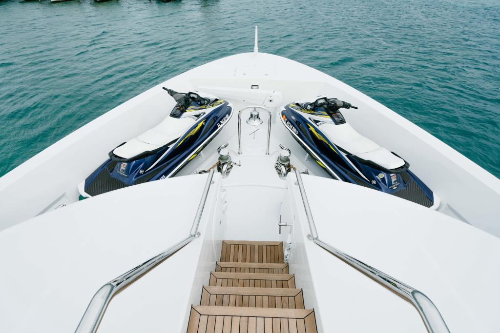 Photo 59 for 2010 Richmond Yachts Tri-Deck Motor Yacht