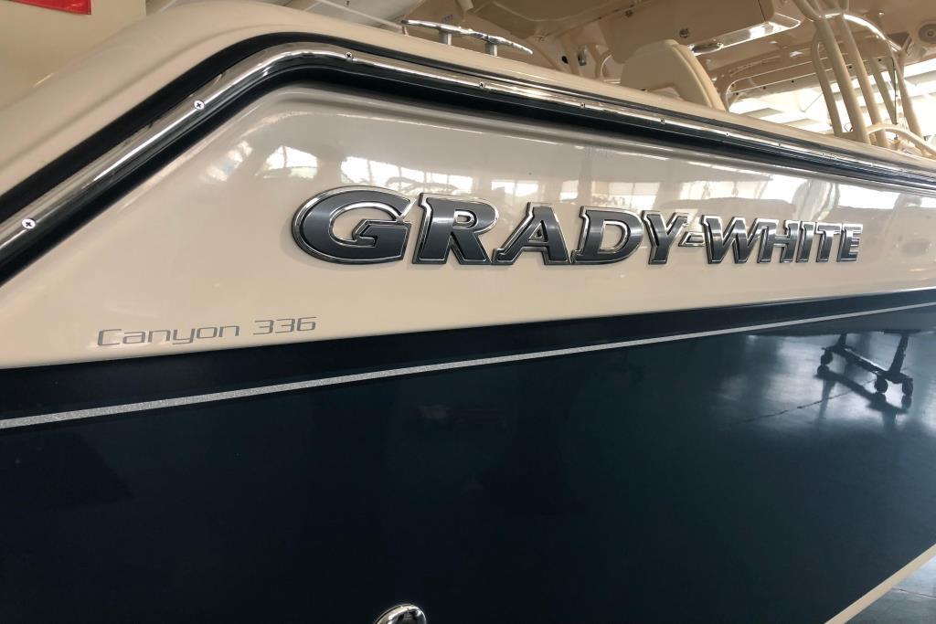 2018 Grady-White Canyon 336 Image Thumbnail #15