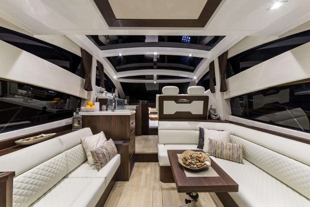 Photo 22 for 2020 Galeon 430 HTC