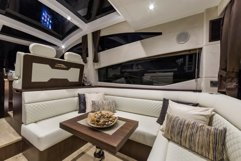 Photo 24 for 2020 Galeon 430 HTC