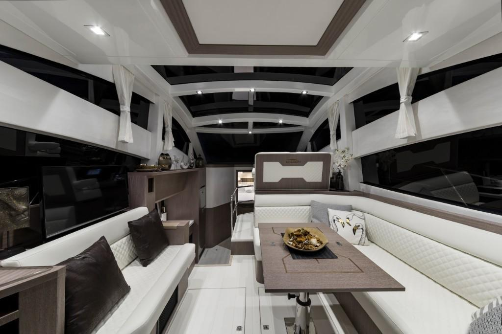 Photo 33 for 2020 Galeon 430 HTC