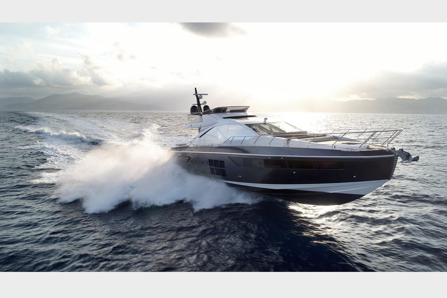 Thumbnail 4 for 2019 Azimut S7