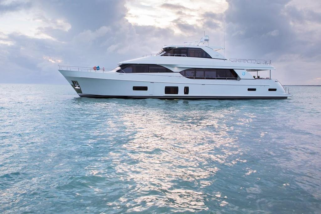 2020 Ocean Alexander 100 Motoryacht Flybridge
