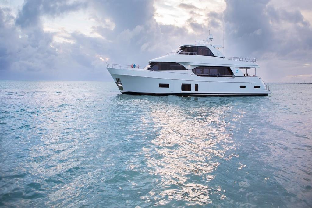 2020 Ocean Alexander 100 Megayacht Skylounge Image Thumbnail #1