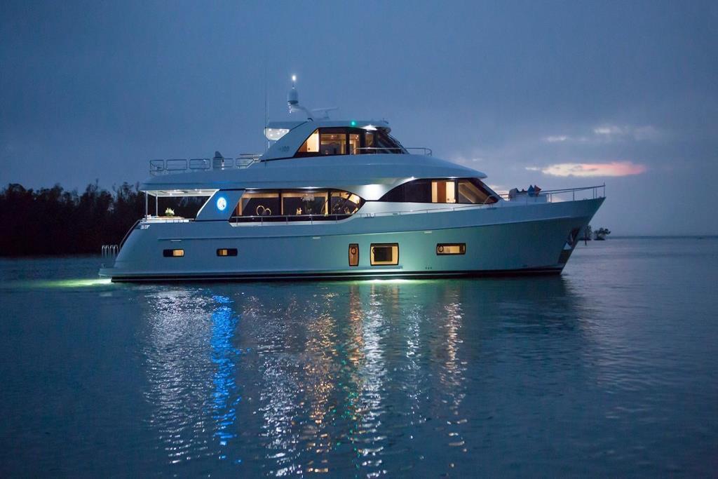 2020 Ocean Alexander 100 Megayacht Skylounge Image Thumbnail #7