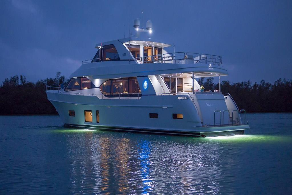 2020 Ocean Alexander 100 Megayacht Skylounge Image Thumbnail #8