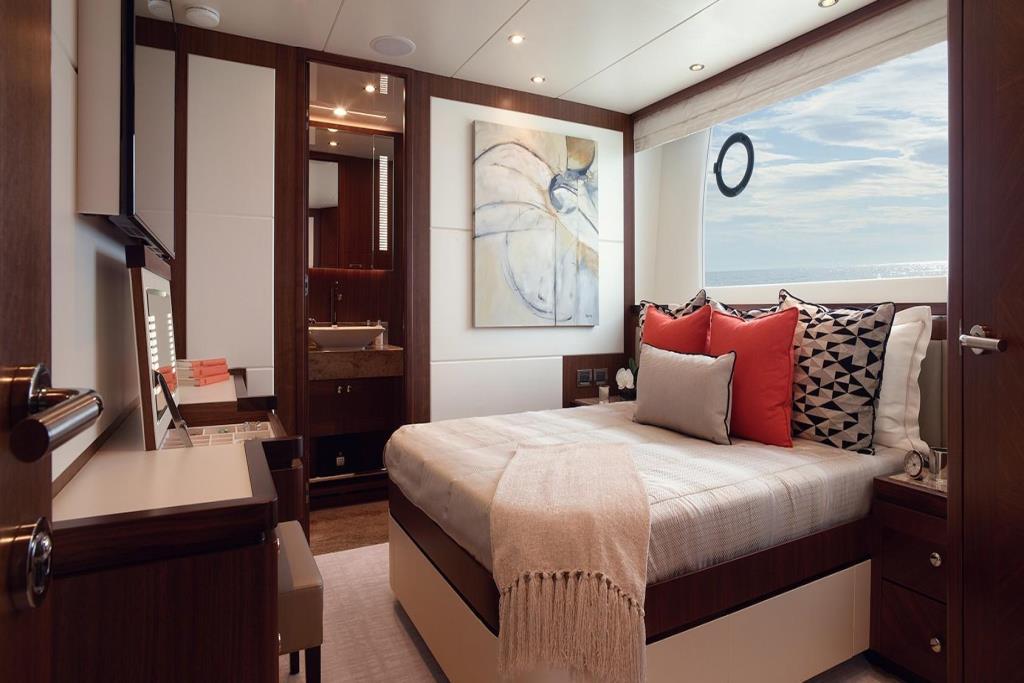 2020 Ocean Alexander 100 Megayacht Skylounge Image Thumbnail #16