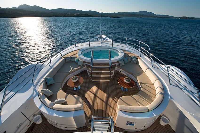 2010 Benetti 203 Superyacht Image Thumbnail #12