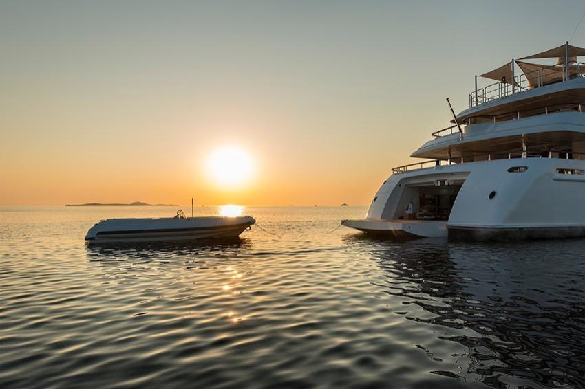 2010 Benetti 203 Superyacht Image Thumbnail #115