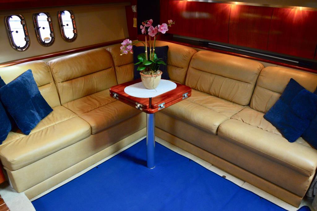 2008 Cruisers Yachts 420 Express Image Thumbnail #47