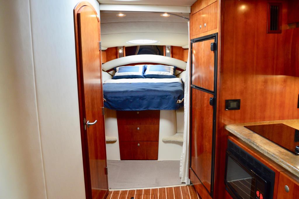 2008 Cruisers Yachts 420 Express Image Thumbnail #44