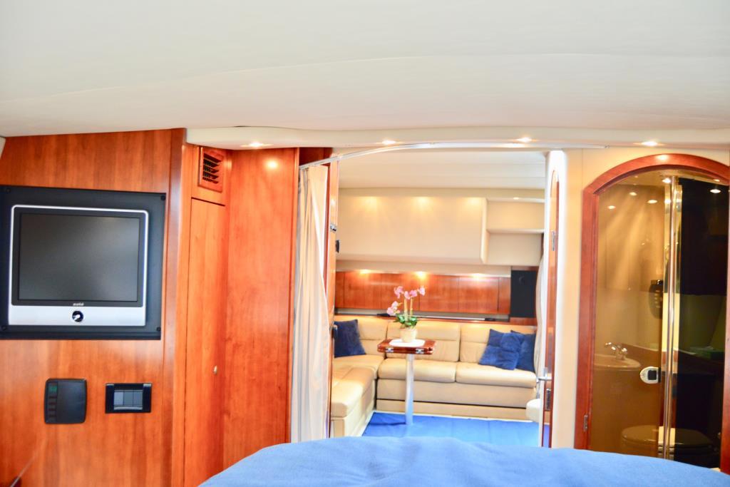 2008 Cruisers Yachts 420 Express Image Thumbnail #40