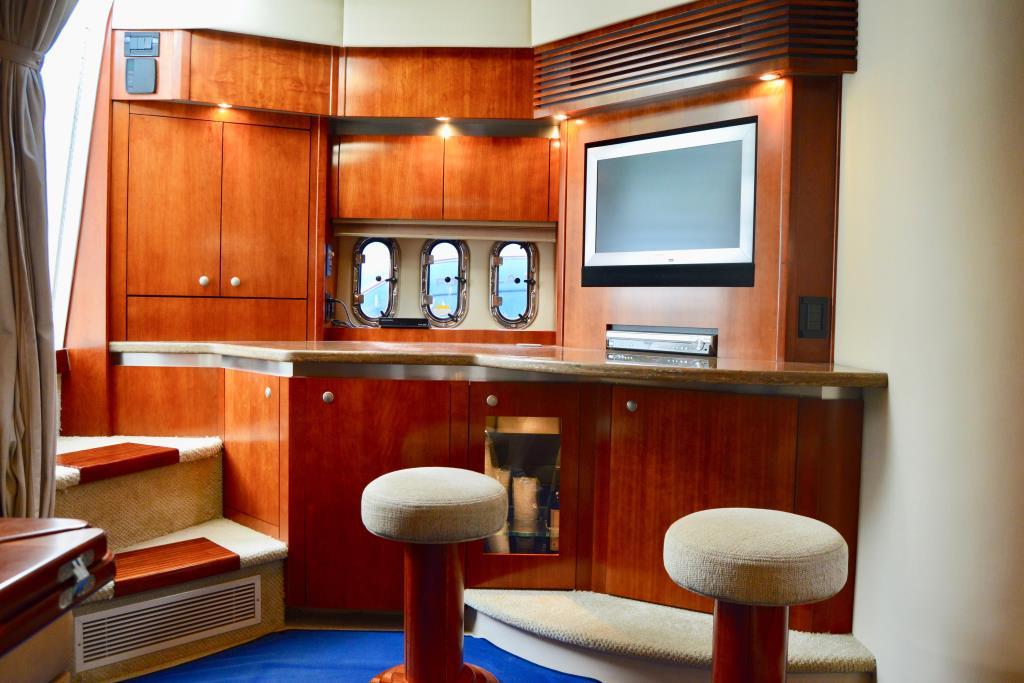 2008 Cruisers Yachts 420 Express Image Thumbnail #41