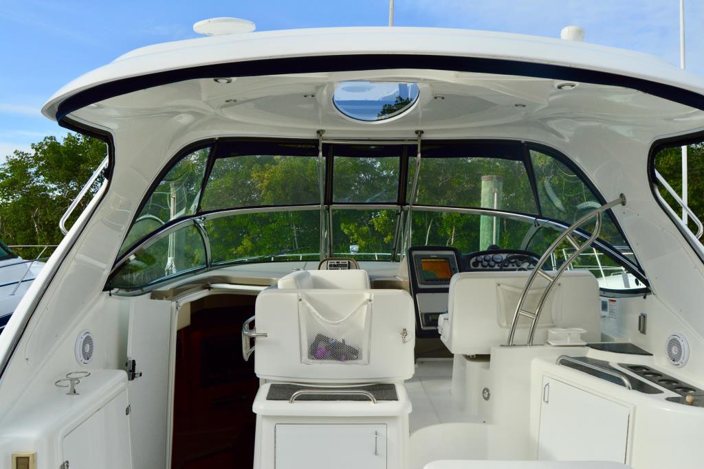2008 Cruisers Yachts 420 Express Image Thumbnail #36
