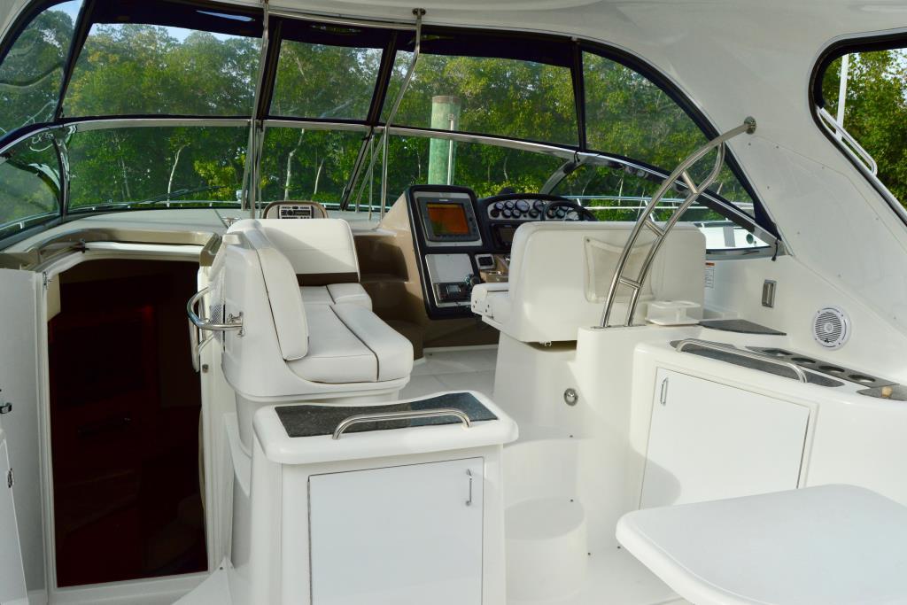 2008 Cruisers Yachts 420 Express Image Thumbnail #33