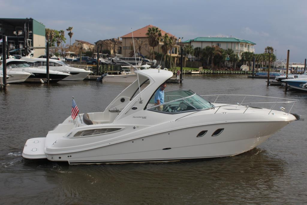 2014 Sea Ray 330 Sundancer Image Thumbnail #6