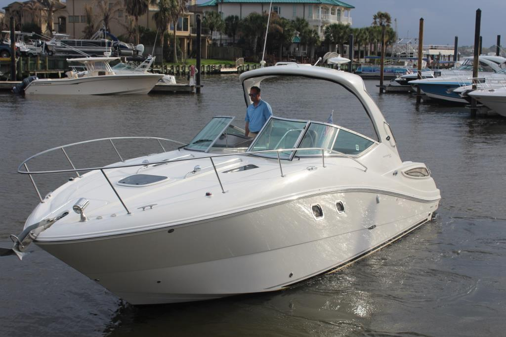 Thumbnail 3 for 2014 Sea Ray 330 Sundancer
