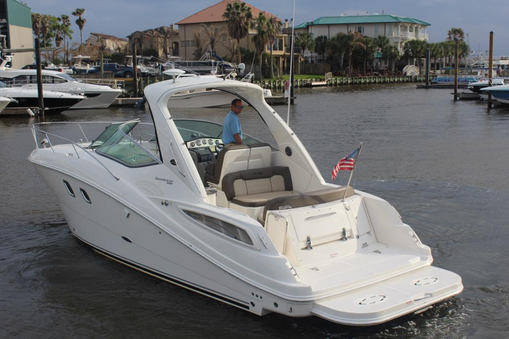 2014 Sea Ray 330 Sundancer Image Thumbnail #11