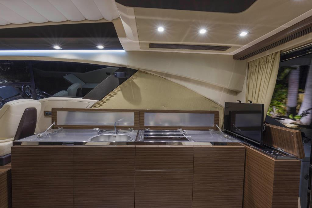 Photo 19 for 2016 Azimut 55S