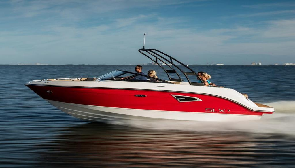 2018 Sea Ray SLX 230 Image Thumbnail #1