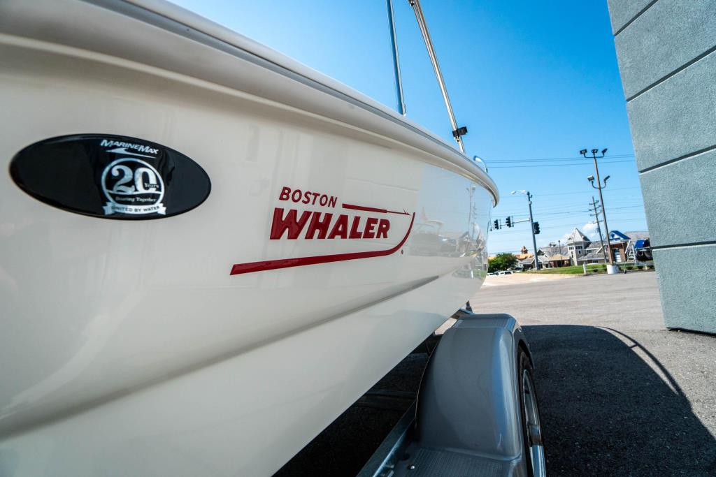 2018 Boston Whaler 130 Super Sport Image Thumbnail #6