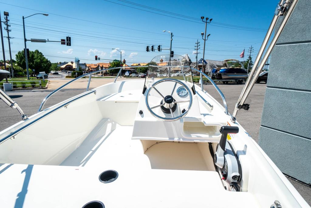 2018 Boston Whaler 130 Super Sport Image Thumbnail #15