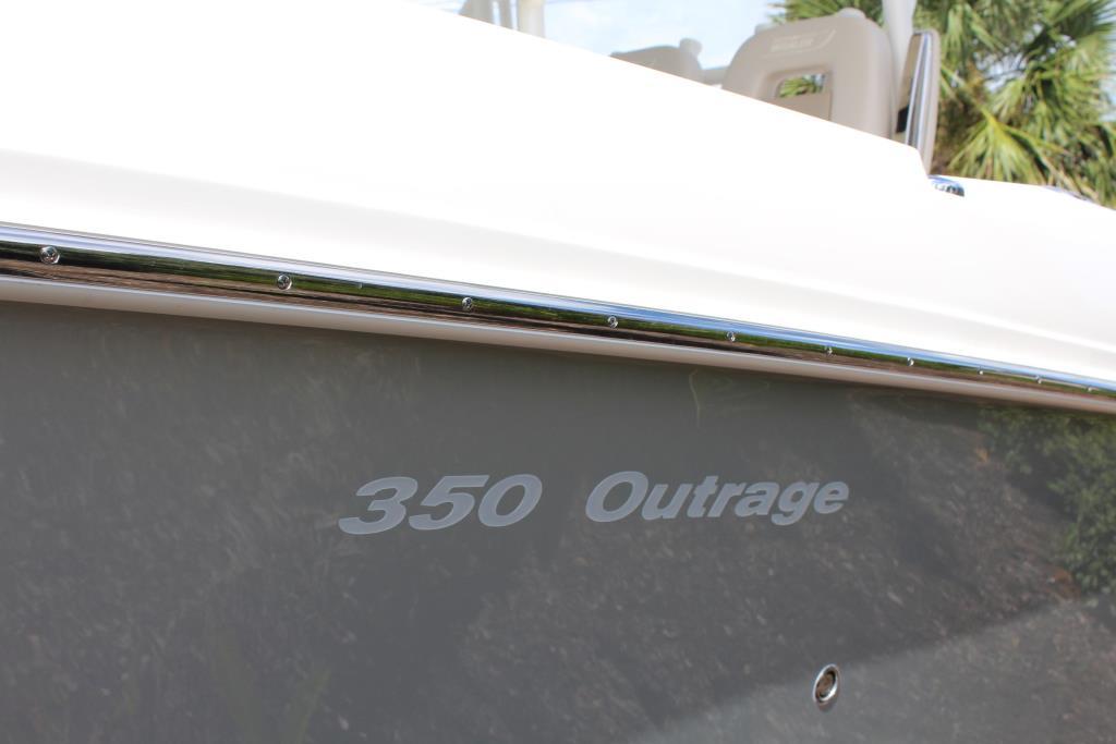 2019 Boston Whaler 350 Outrage Image Thumbnail #24