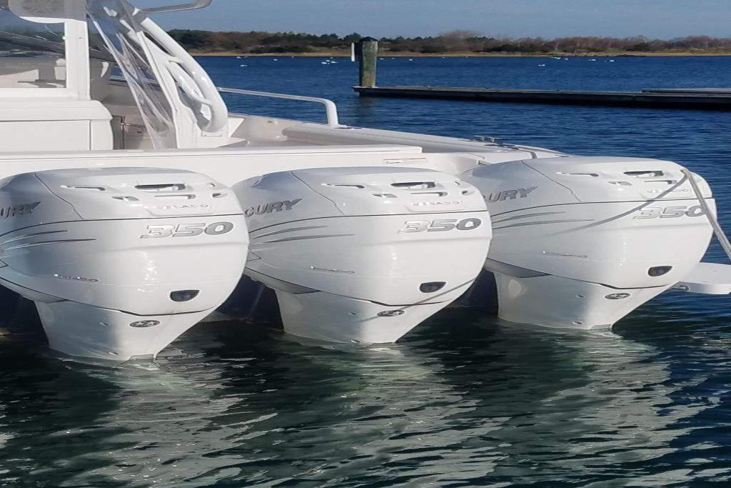 2017 Intrepid 430 Sport Yacht Image Thumbnail #7