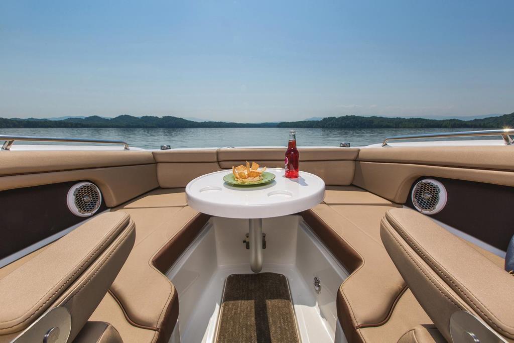 2018 Sea Ray SDX 270 Outboard Image Thumbnail #5