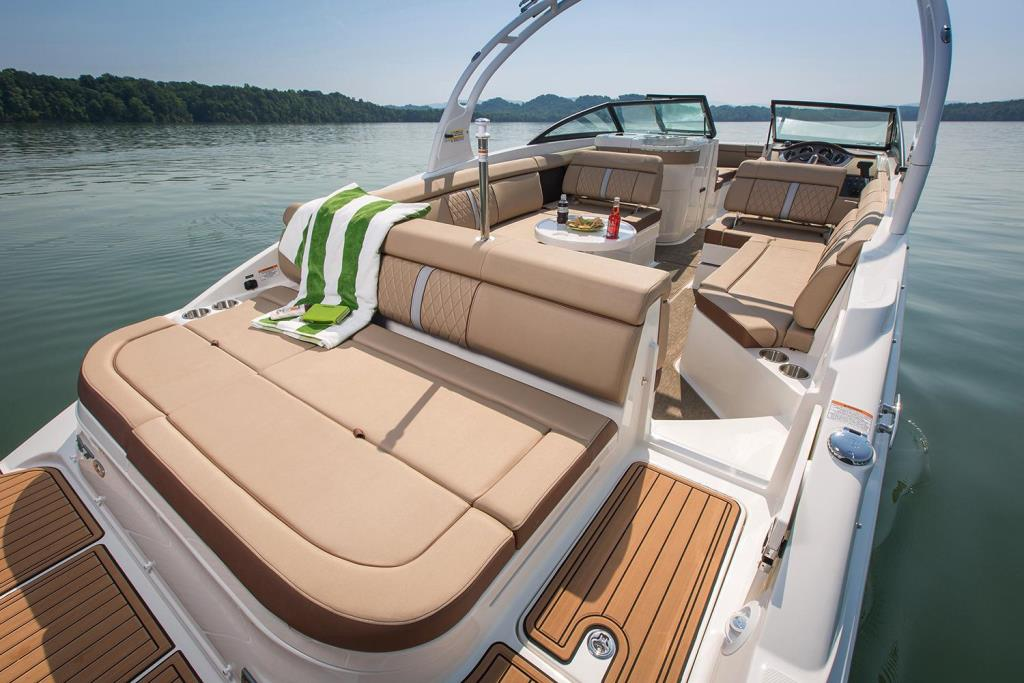 2018 Sea Ray SDX 270 Outboard Image Thumbnail #12