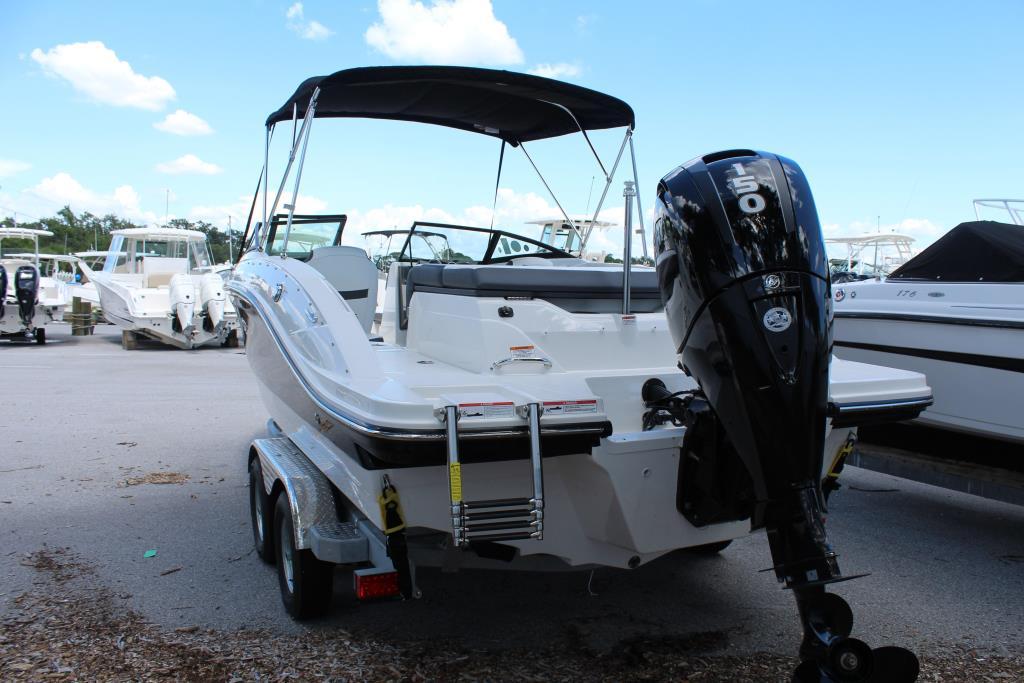 2018 Sea Ray SPX 210 OB Image Thumbnail #1