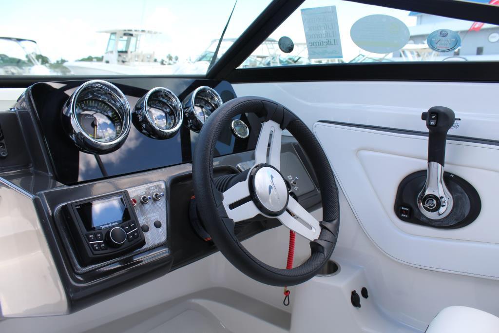 2018 Sea Ray SPX 210 OB Image Thumbnail #5