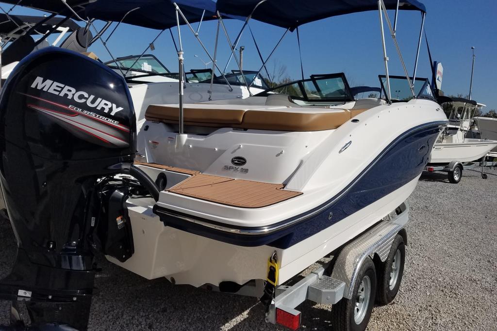 2018 Sea Ray SPX 210 OB Image Thumbnail #2