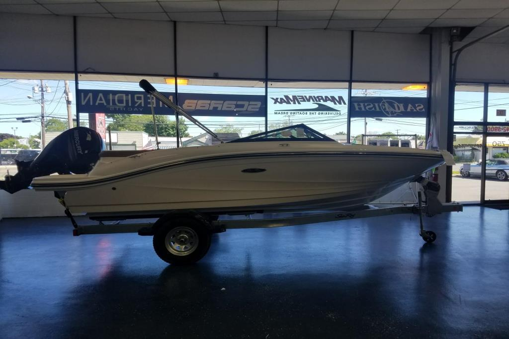 2018 Sea Ray SPX 190 OB Image Thumbnail #0