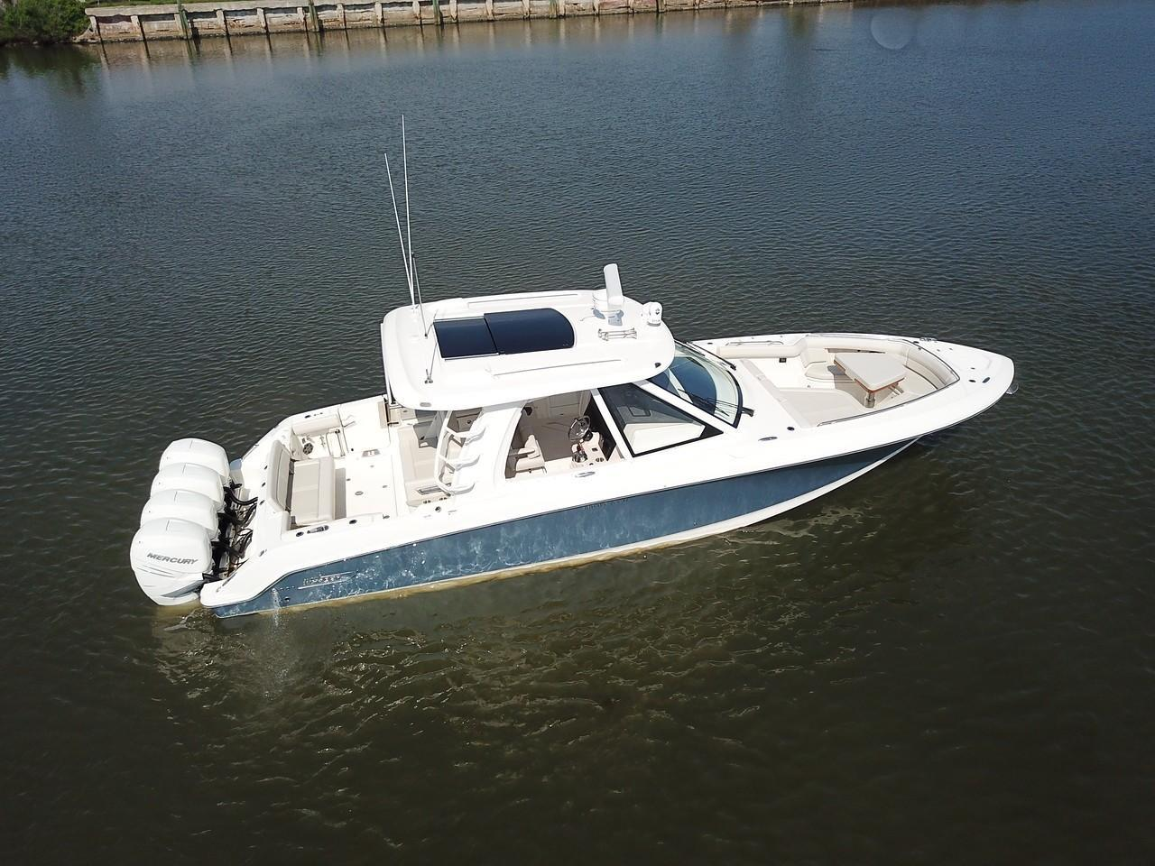 Photo 8 for 2021 Boston Whaler 380 Realm