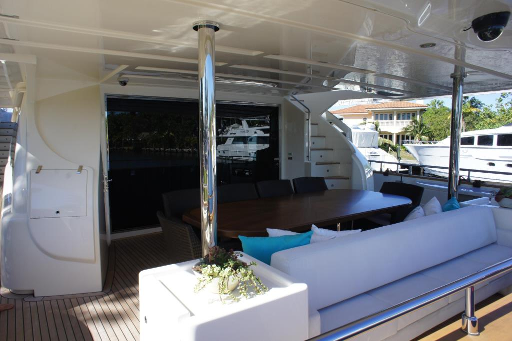 Photo 13 for 2012 Ferretti Yachts Custom Line 100