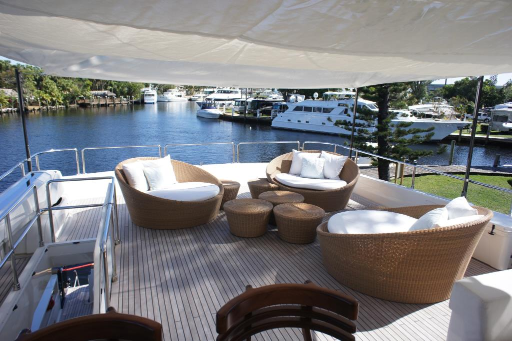 Photo 22 for 2012 Ferretti Yachts Custom Line 100