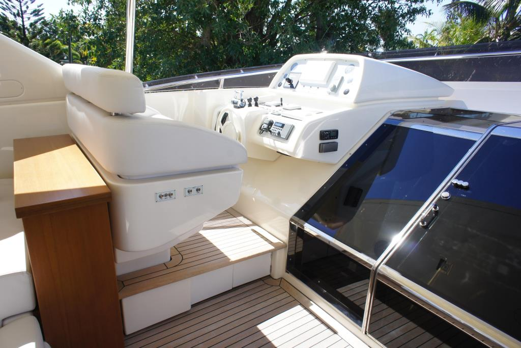 Photo 26 for 2012 Ferretti Yachts Custom Line 100