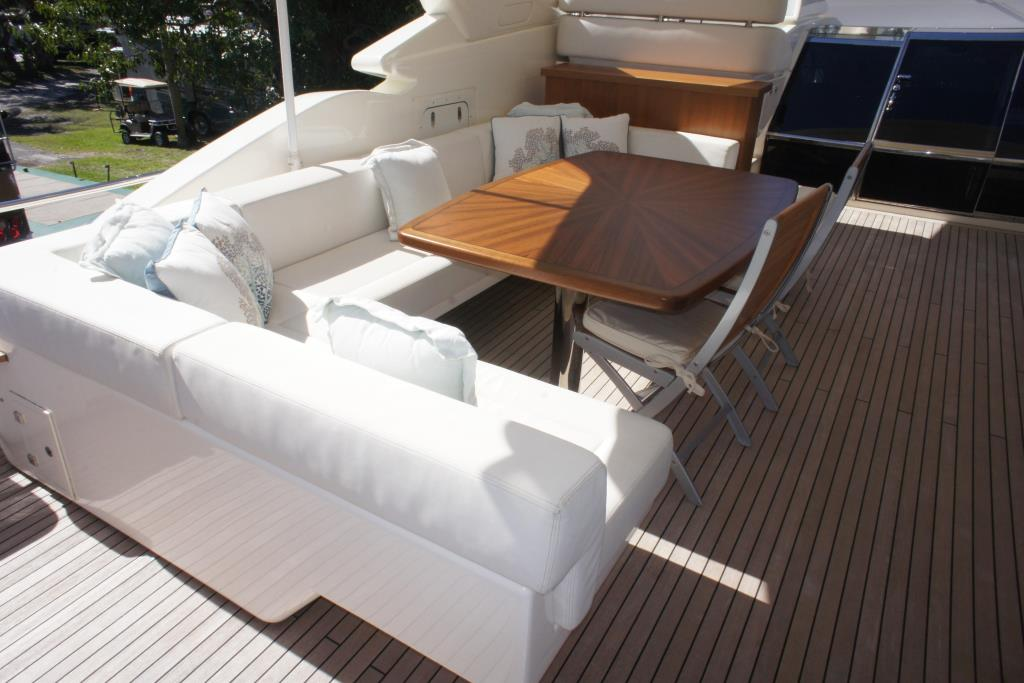 Photo 27 for 2012 Ferretti Yachts Custom Line 100