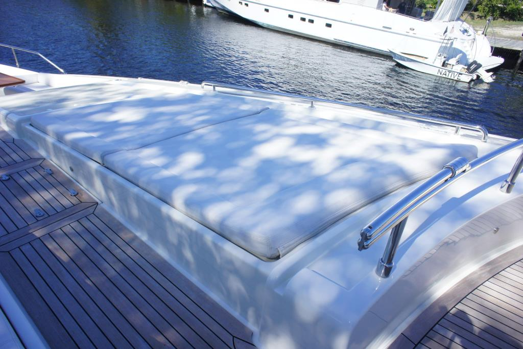 Photo 31 for 2012 Ferretti Yachts Custom Line 100